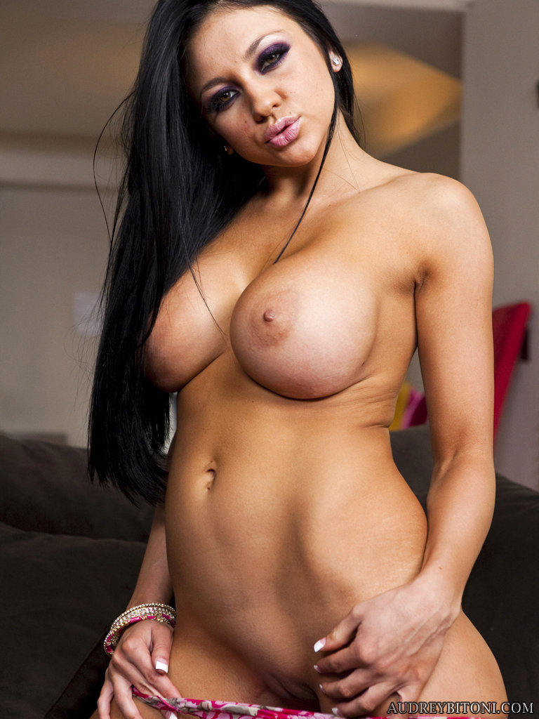 Audrey bitoni official