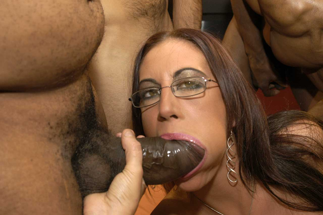 Emma butt порно онлайн 11 фотография