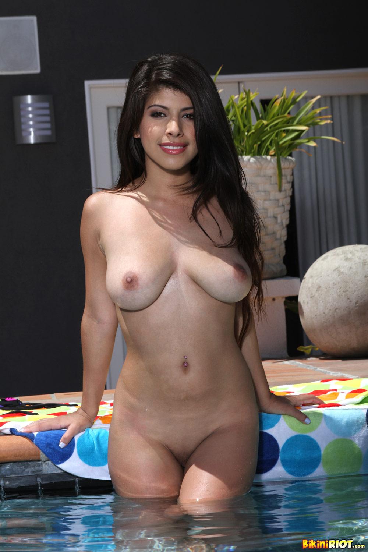 Bikini xxx image