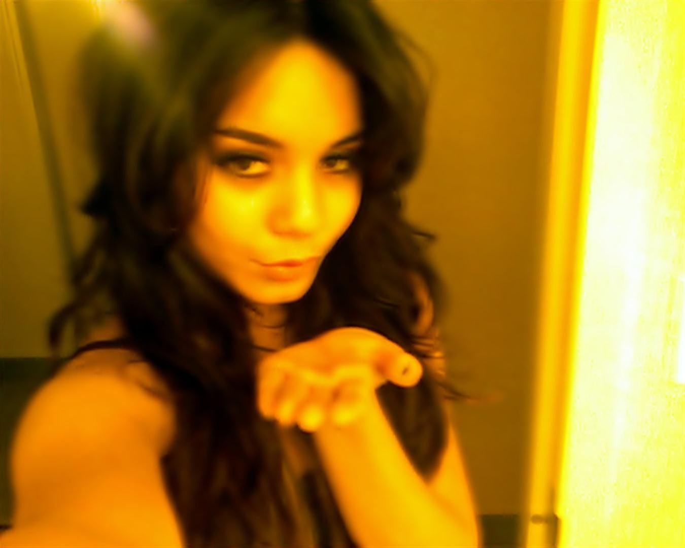 Vanessa hudgens private pictures Vanessa Hudgens nude, topless pictures, playboy