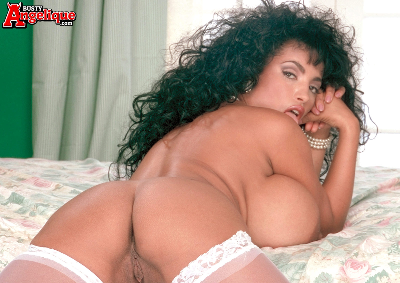 anal angelique busty
