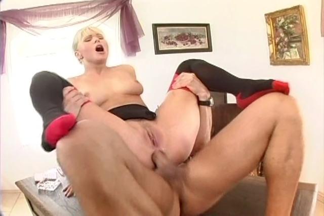 porno-anal-onlayn-s-sekretarshey