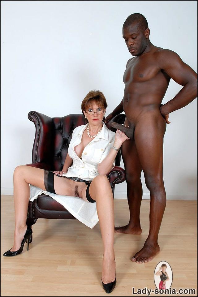 Постановочный секс с милфами фото 90118 фотография