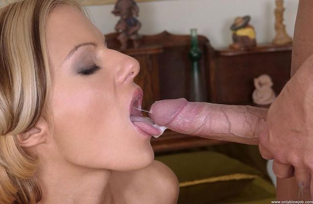 Порно фото бесплатно в рот 14323 фотография