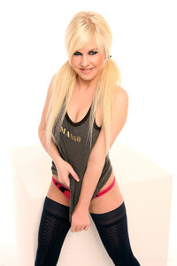 Andreya Diamond xxx media andreya diamond xxx