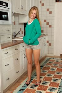 Avril Hall porn girls avril hall als scan kitchen strip