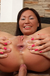 Cassie Young sex fat lesbien