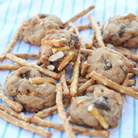 Cookie Dough sex sweet salty chocolate chip pretzel cookies