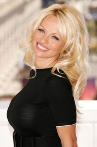 Pamela Sweet sex sweet smile pamela anderson black shirt females canadian