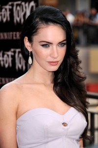 Taylor Fox porn posts preppie megan fox attends jennifers body fan event hollywood highland alaina nude celebrities bikini topless naked models