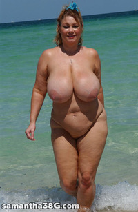 Samantha 38G xxx tits blonde outdoors beach wet bbw samantha mature milf plump wife goes skinny dipping