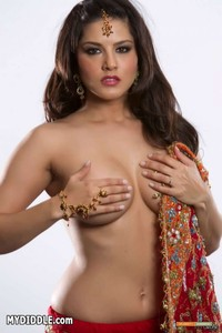 Sunny Leone xxx sunny leone xxx krk wants marry