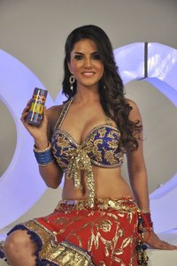 Sunny Leone xxx bkuvg yxt sunny leone posing film shoot xxx energy drink mumbai adult star photoalbum preview rediff bollywood photos shoots