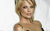 Charlie Theron porn charlize theron beautiful green eyes actress blonde model