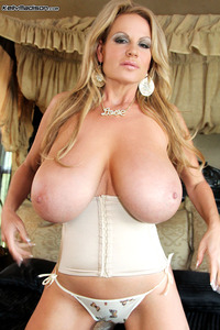 Madison Love porn pictures general kellymadison love these beautiful