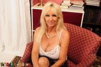 Tia Gunn xxx media original usa mature tia gunn