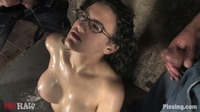 Kayla Cruz sex pissing kinky coffee brown