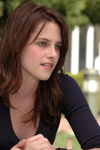 Kirsten Stewart porn kristen stewart fifty shades grey porn twilight star dismissive torture erotic novel will movie thinks people reading public creepy